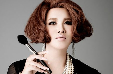 IKKOのおすすめプチプラ化粧品は?極潤や洗顔専科の口コミ!|1番だけが知っている
